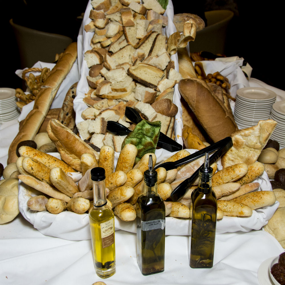 6 - Bread & Infused Oil gallery